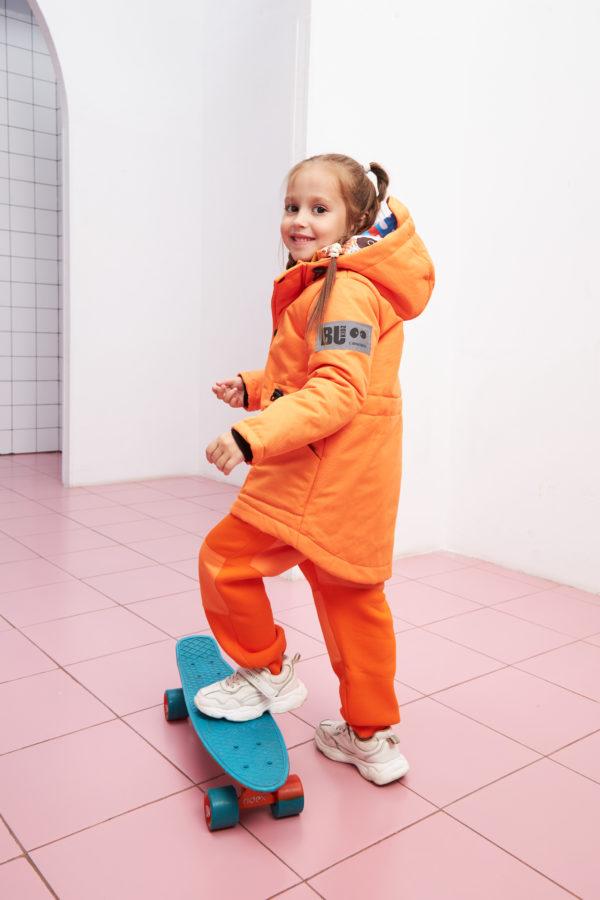 Куртка детская из мембраны оранжевого цвета